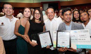 Carlos-Joaquin-premio-juventud4