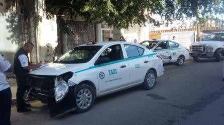 Choque taxi3
