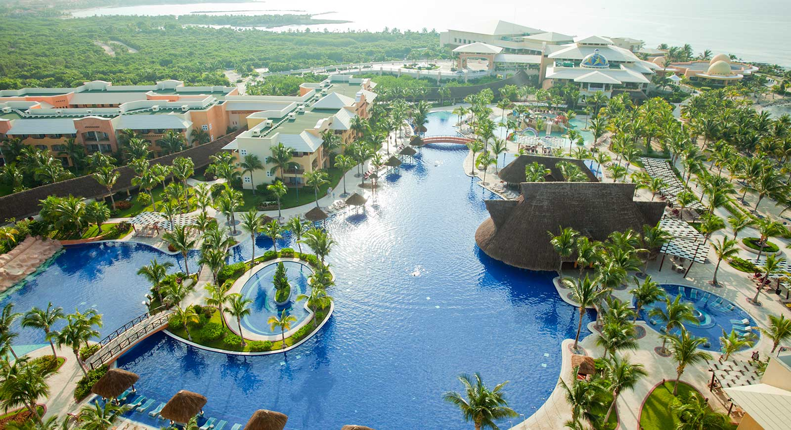 EU actualiza alerta de viaje: descarta a Quintana Roo