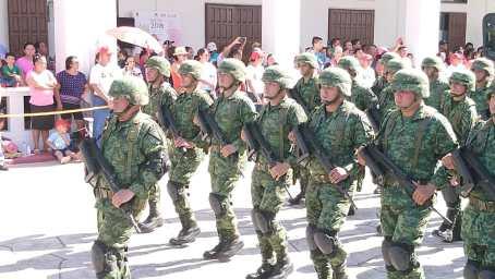 Desfile-Chetumal11
