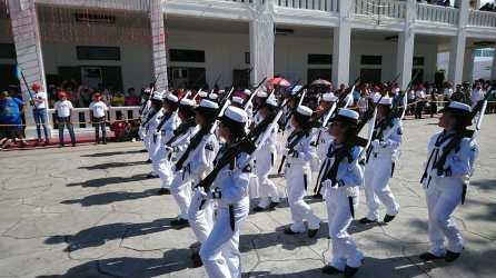 Desfile-Chetumal4