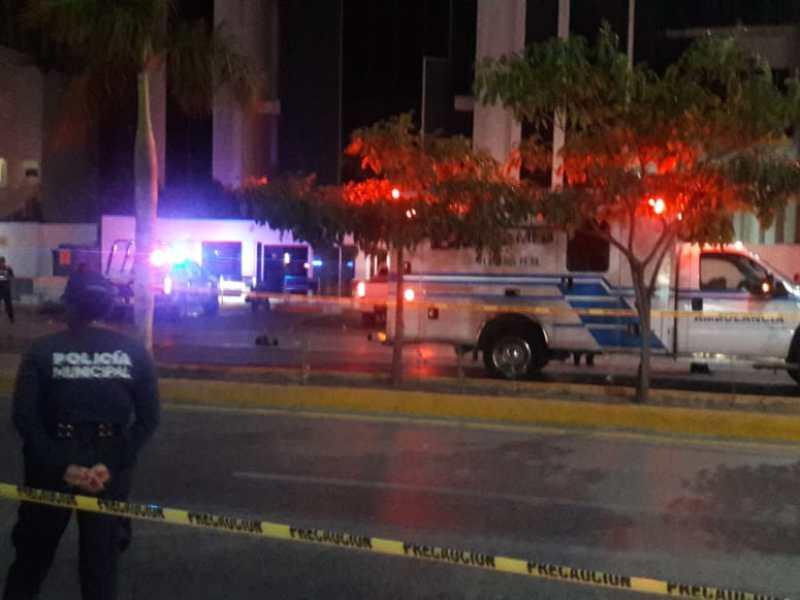 EJECUTADO EN LA JUÁREZ DE PLAYA: Matan de seis balazos a un hombre cuando abordaba camioneta de lujo en el casco viejo de la ciudad