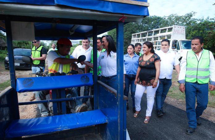 estudiantes del Cecyte de Leona Vicario, se benefician ya de la nueva ciclovía