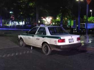 atacan a taxista en r99 (4)