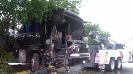 autobus accidentado en Playa (4)