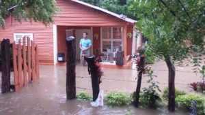 Valverde: 80 familias desplazadas por las lluvias