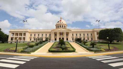 Danilo designa  ministros Medio Ambiente, Agricultura, Salud Pública y Cultura
