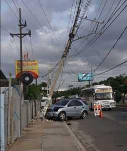 Accidente provoca apagón en algunas zonas de Santiago