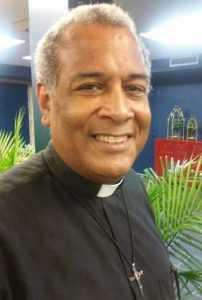 """Cura demanda auditar """"informe financiero"""" Dominican Day Parede"""