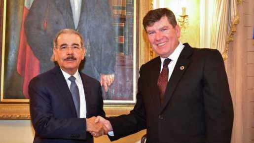 Presidente Danilo Medina recibe al director regional UNFPA, Esteban Caballero