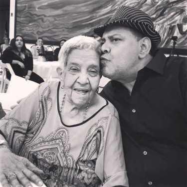 Fallece madre del merenguero Fernando Villalona