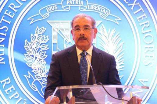 Medina apela a solución pacífica tensiones Venezuela