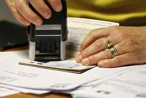 Acusan dominicano de ofrecer soborno a empleado consular EEUU
