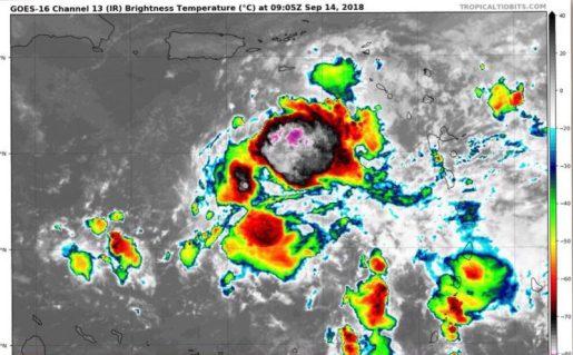 Isaac se degrada a una depresión tropical