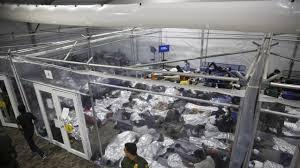 Administracion di Biden preparando pa cera algun refugio di muchanan migrante