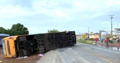 Barreiras BA- Responsável por empresa de ônibus envolvido em acidente que matou 4 na BA presta depoimento à polícia