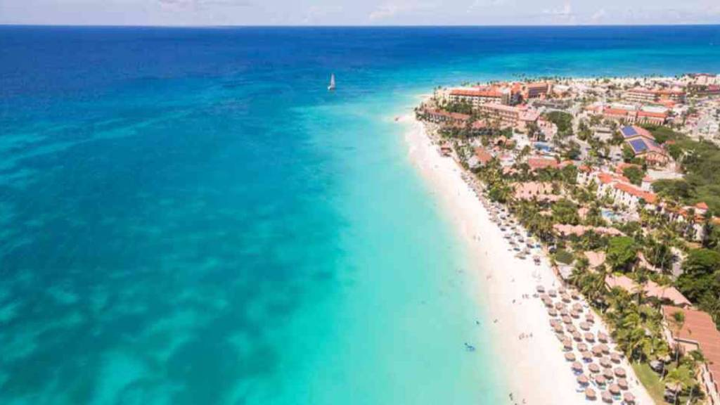 Durante el mes de abril Aruba ha recibido 58.774 turistas