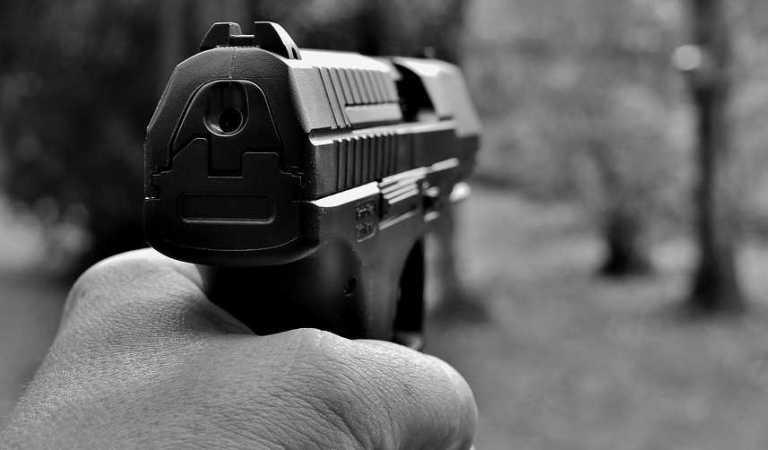 A punta de pistola y en segundos asaltan a automovilistas en Periférico Sur (video)