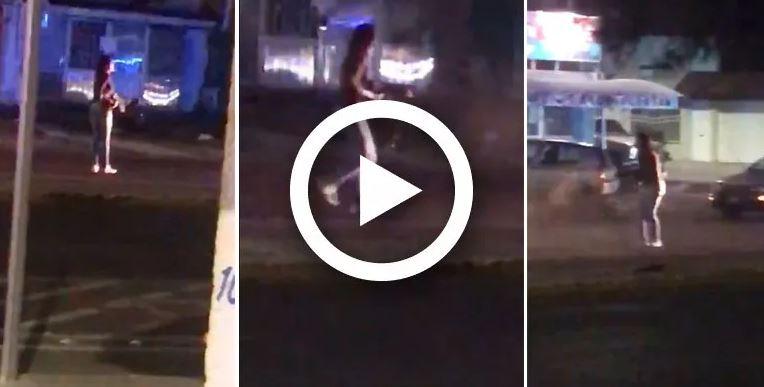'Ya me dieron wey': Transexual drogado roba arma de policía; dispara y hiere a varios | VIDEO