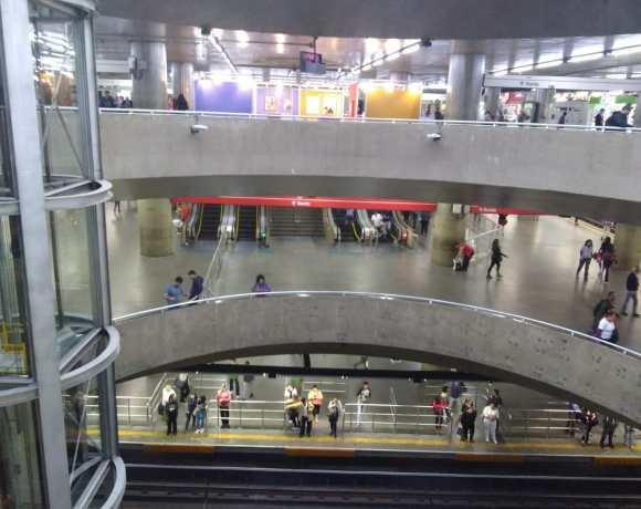 Estação Sé metroviários abertura