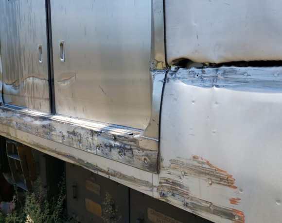 série 9500 descarrilado trem