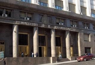 Photo of CORRUPCIÓN AUTOMOTRÍZ: ALLANAN EL MINISTERIO DE ECONOMÍA