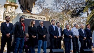 Photo of MACRI INAUGURÓ LA ESTATUA DE PERÓN