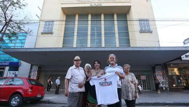 Photo of Los vecinos volvieron a pisar el Cine El Plata