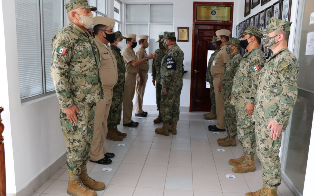 La Secretaría de Marina-Armada de México realiza Ceremonia de Cambio de Mandode Armas en la Fuerza Naval del Golfo