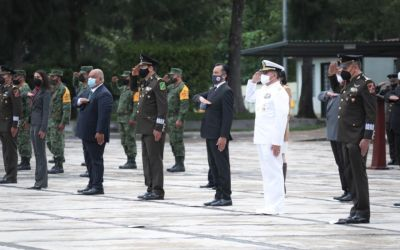 Asiste Cuitláhuac García a toma de protesta del nuevo comandante de la 26/a Zona Militar, José Francisco Camarena Hernández