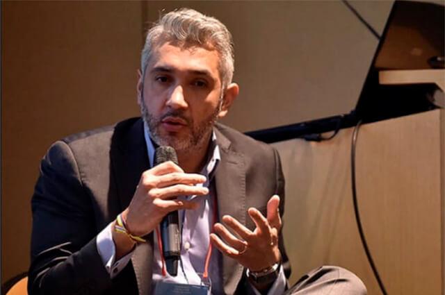 Resultado de imagen para Nicolás Estupiñán  secretario de Movilidad de Bogotá,