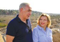 Netanyahu e sua esposa