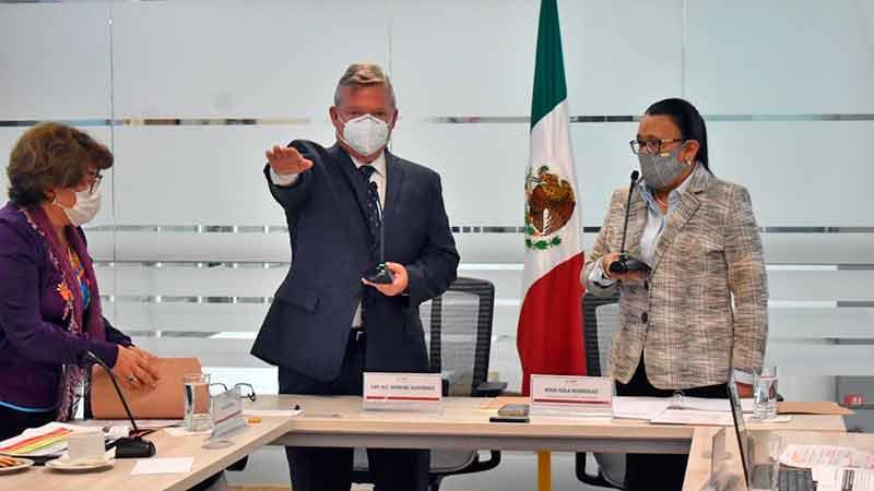 Rinde Gutiérrez Gallardo protesta como nuevo director del Puerto de Ensenada