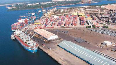 OMI publica guía interfaz buque-puerto para la reducción de emisiones de GEI