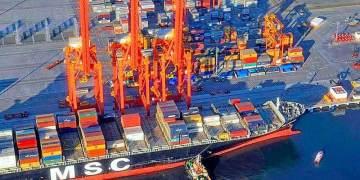 Casi mil buques mercantes han arribado a Manzanillo durante el primer semestre del año