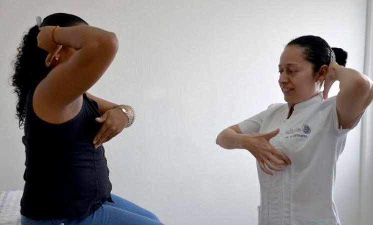 En Chiapas se promueve la autoexploración mamaria