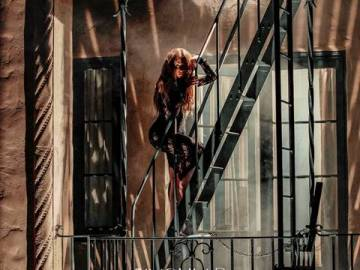 "SABRINA CARPENTER REVELA EL VIDEO PARA ""IN MY BED"" 1"