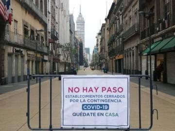 Calle Madero y plancha del Zócalo cerradas para evitar propagación de COVID-19 3
