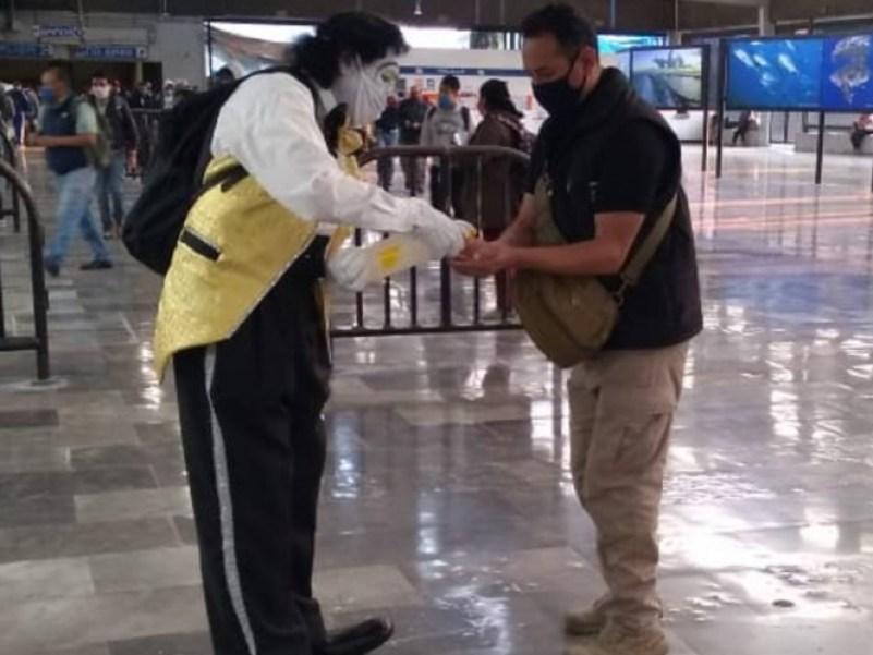 """""""Que no te cargue el payaso"""", campaña del metro que busca sensibilizar sobre las medidas contra el COVID-19 en CDMX 4"""