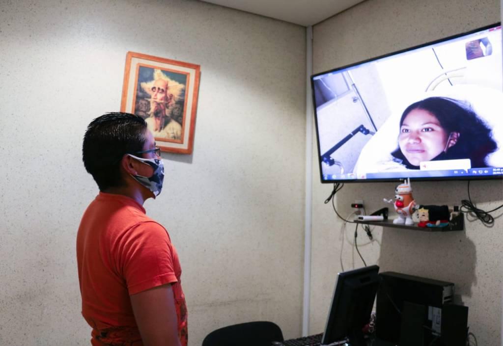 Visitas virtuales a familiares de pacientes para evitar contagios #COVID-19 en hospital del Edomex 4