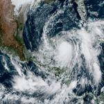 """Zeta"" se fortalece a huracán categoría 1, esté miércoles tocará tierra en Luisiana 4"