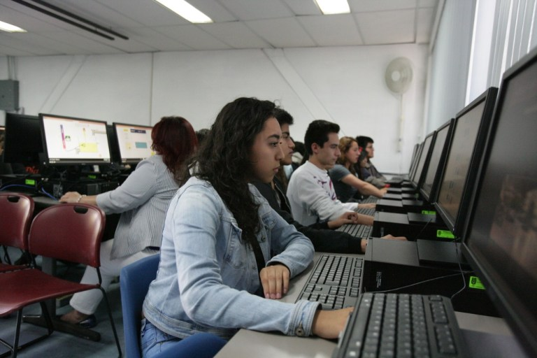 IPN brindará apoyos de 400 pesos mensuales a sus estudiantes de escasos recursos para acceso a  internet 1