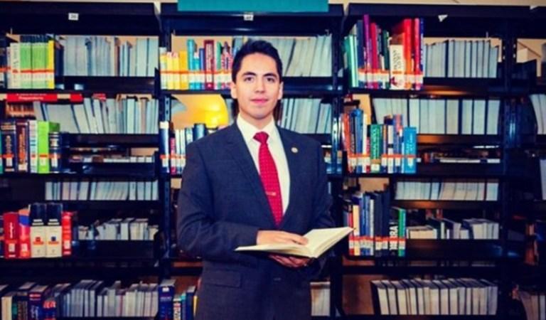 El investigador mexicano, Andrew Almazán Anaya, recibe premio de la Universidad de Harvard