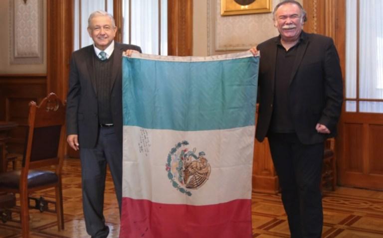 AMLO se reúne con el secretario general de la ANDA, el actor Jesús Ochoa 1
