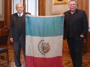 AMLO se reúne con el secretario general de la ANDA, el actor Jesús Ochoa 9