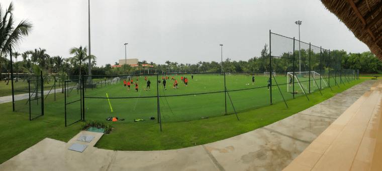 Barceló Bávaro Grand Resort hospeda al campeón de la liga de fútbol canadiense 1