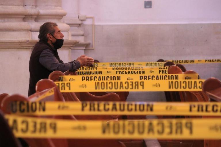 Por semáforo rojo, cancelan misas con presencia de fieles en templos católicos 1