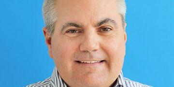 El fundador de FreshBooks, Mike McDerment, pasa la antorcha al nuevo CEO, Don Epperson 18