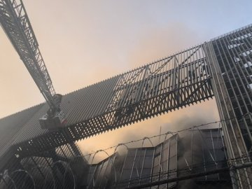 Una persona fallecida, 30 personas intoxicadas y seis líneas sin servicio, es el saldo del incendio en oficinas del metro CDMX 9