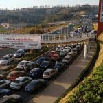 Filas interminables de autos en el primer día de vacunación en Atizapán de Zaragoza 4